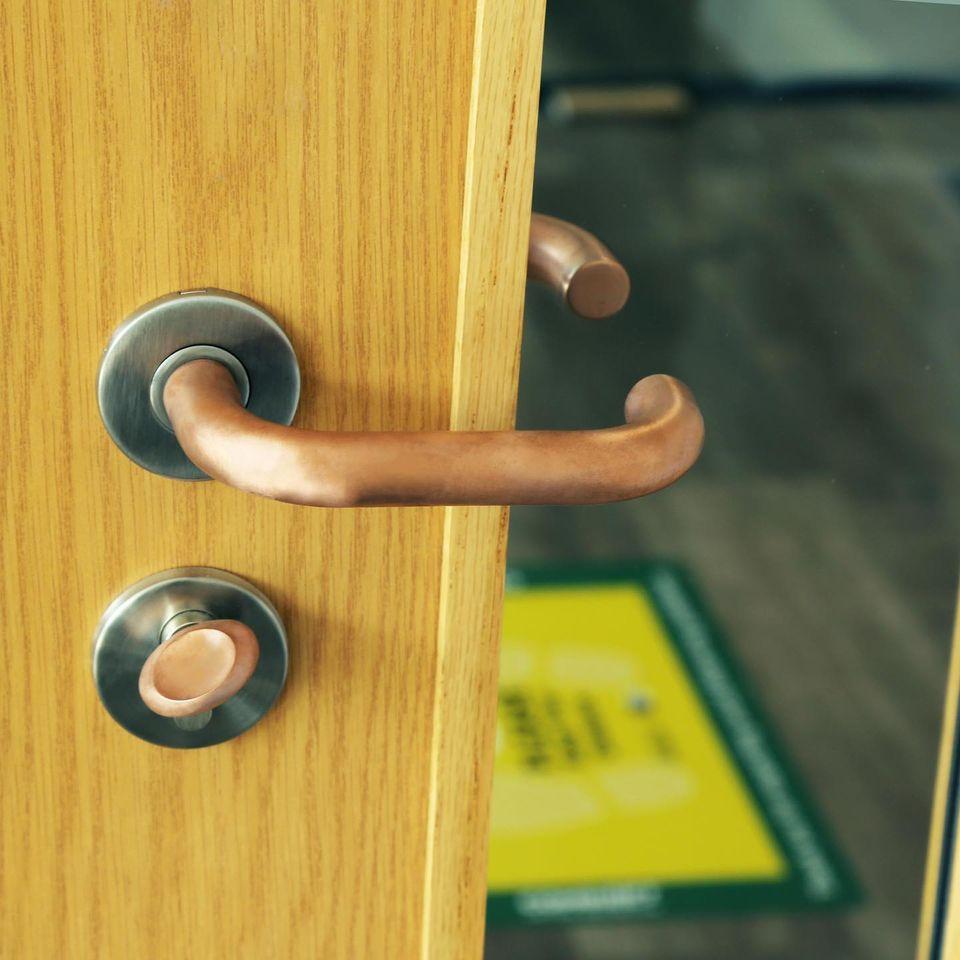 Copper-Cove: Door handle and Lock